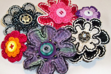 Button Flower Pins