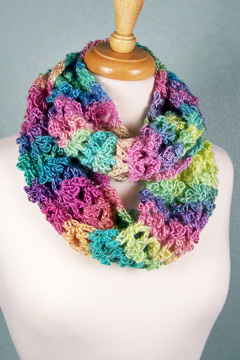 Unforgettable Trefoil Cowl alternate colors