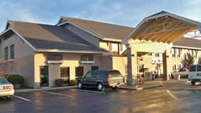 Black Bear Inn & Suites in Berne, IN