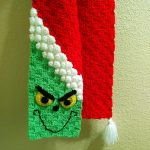 Grinch crochet scarf