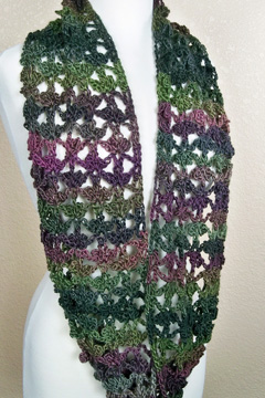 Unforgettable Trefoil Cowl full length smaller